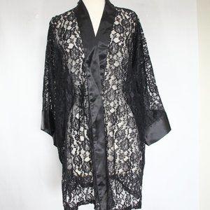 Victoria's Secret Vintage Lace Robe Kimono sleeve